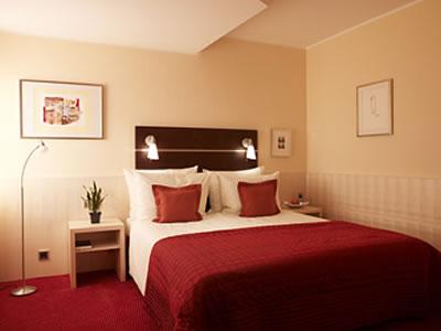 Hotel UHU Koeln