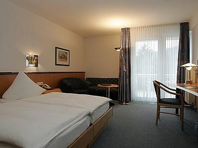 Hennedamm Hotel Bild 2