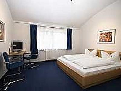 Fair Preis HOTEL Gästehaus LINDEN Bild 6