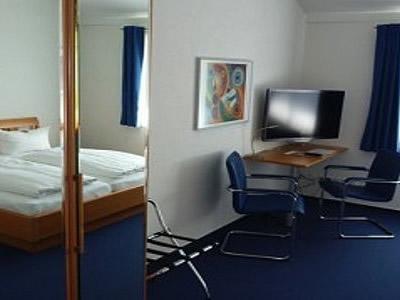 Fair Preis HOTEL Gästehaus LINDEN Bild 7