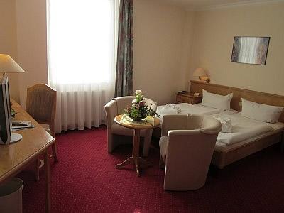 Hotel Flora Bild 2